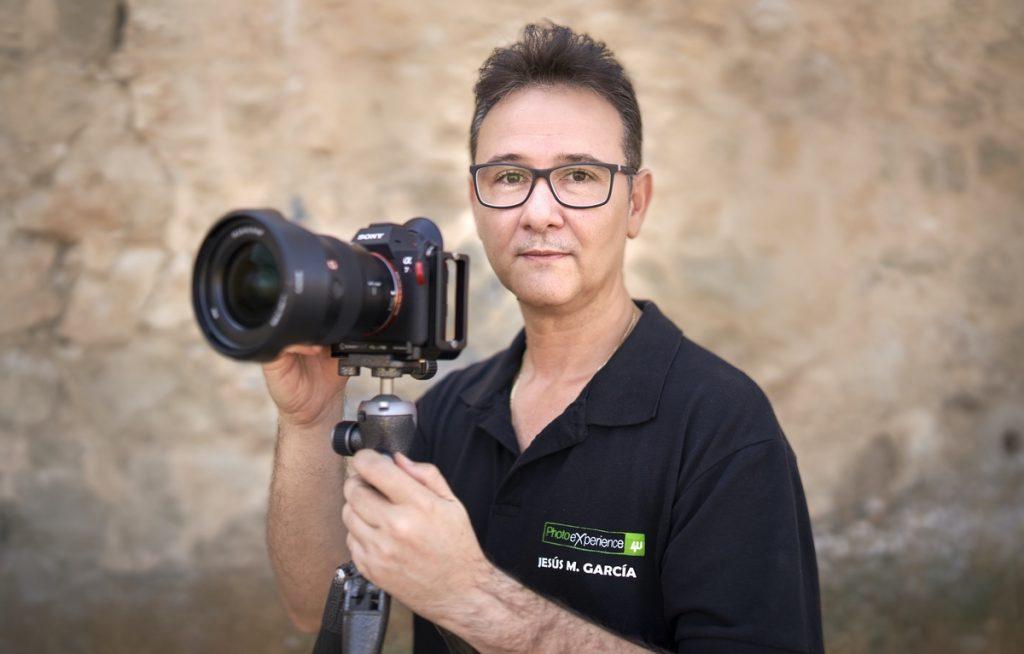 En este momento estás viendo Jesús M. García Flores, subcampeón del mundo 29th bienal FIAP, Francia 2021.